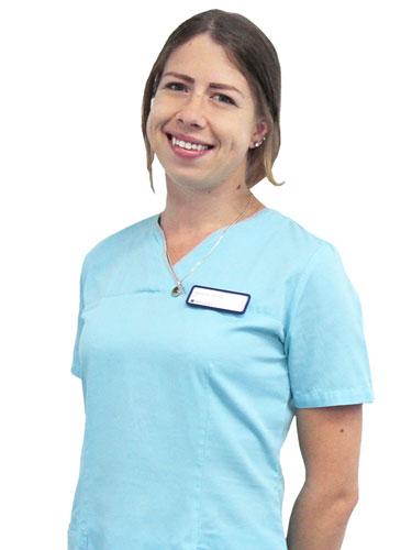 Empfang und Service Mitarbeiterin Stephanie
